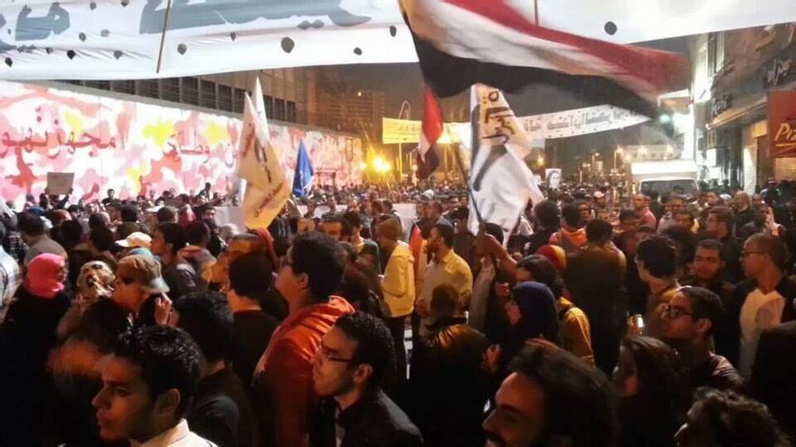 Protesta en la calle Mohamed Mahmoud de El Cairo, este martes (Foto de la activista egipcia Gigi Ibrahim)
