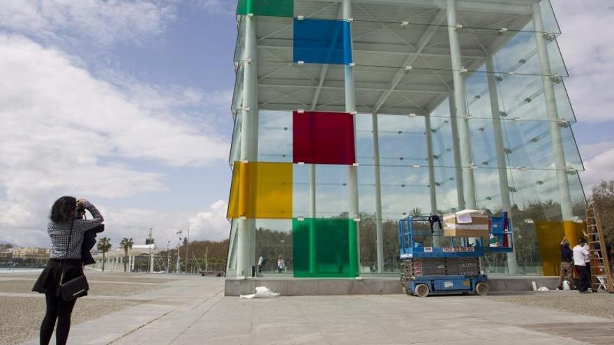 Los niños, invitados al universo de Frida Kahlo en el Pompidou de Málaga