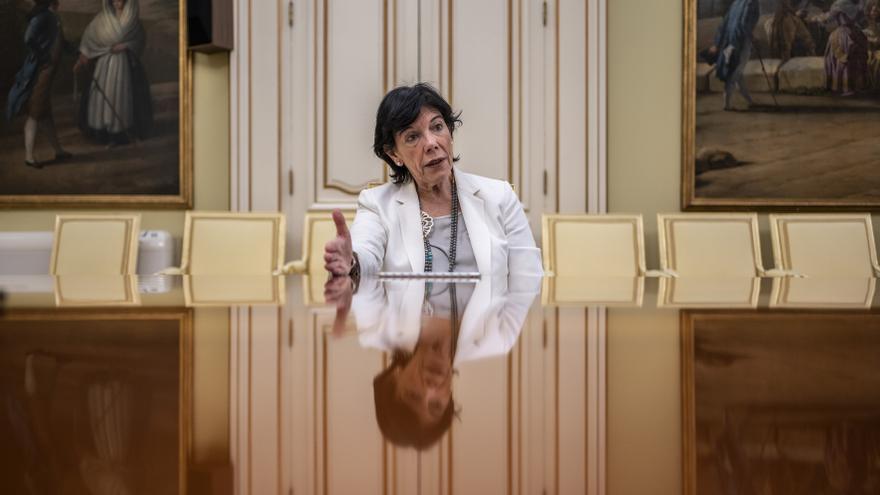 Isabel Celáa, durante la entrevista en el Ministerio de Educación. / Olmo Calvo