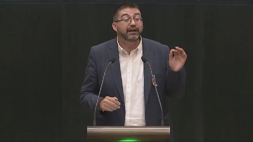 Tres concejales de Carmena y dos diputados de Podemos en Madrid firman un manifiesto a favor del referéndum catalán