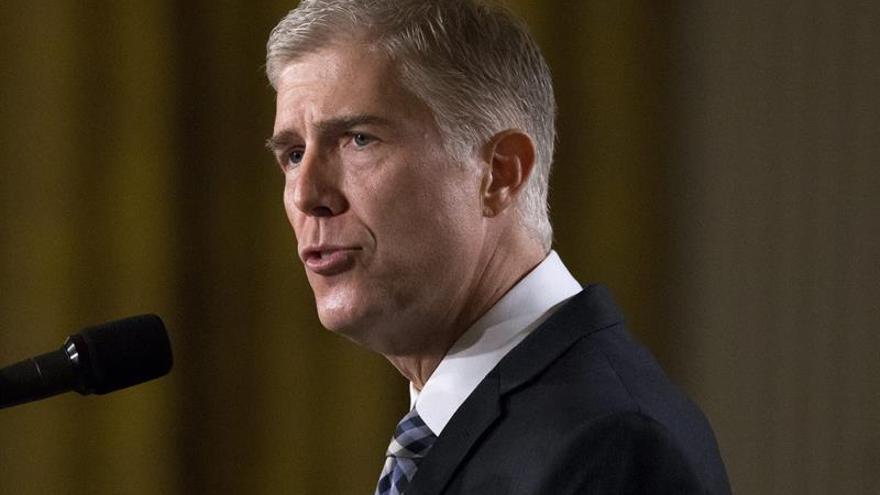 Trump coloca a su juez en el Supremo con un cambio de las reglas del Senado