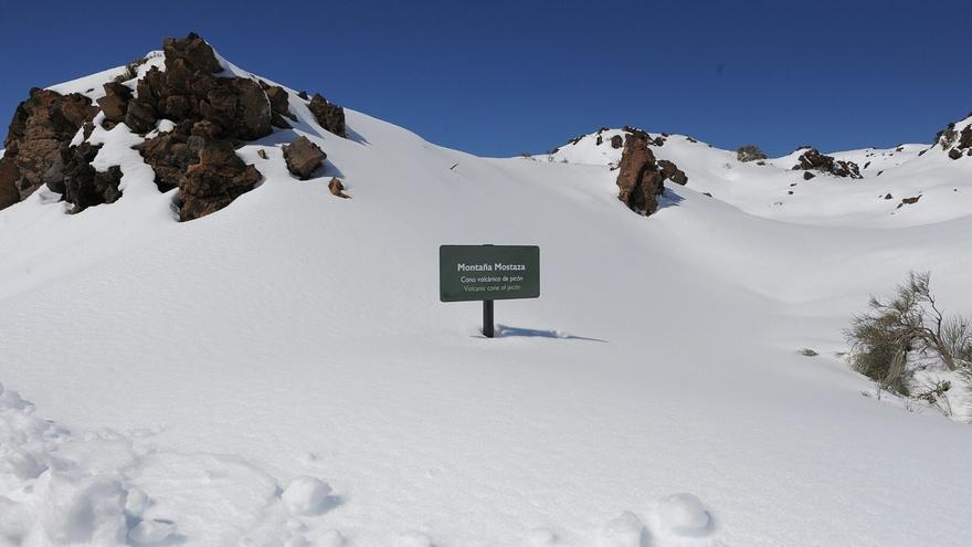 Canarias estará este lunes en aviso amarillo por nevadas y tormentas.