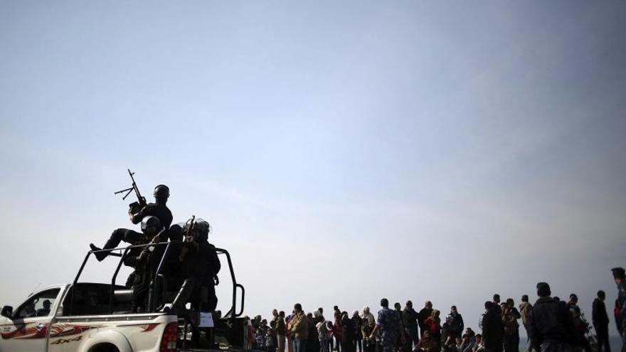 Tres palestinos heridos en enfrentamientos con soldados israelíes en Gaza