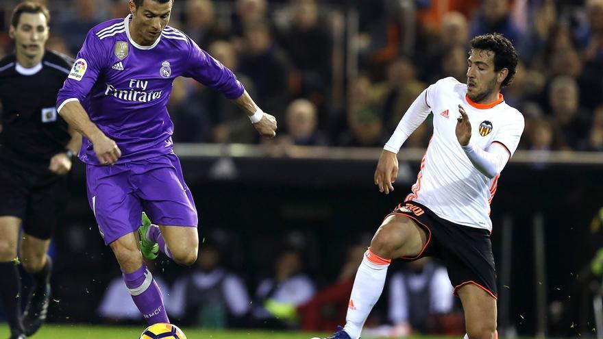 Valencia y Real Madrid protagonizaron un encuentro vibrante en Mestalla.