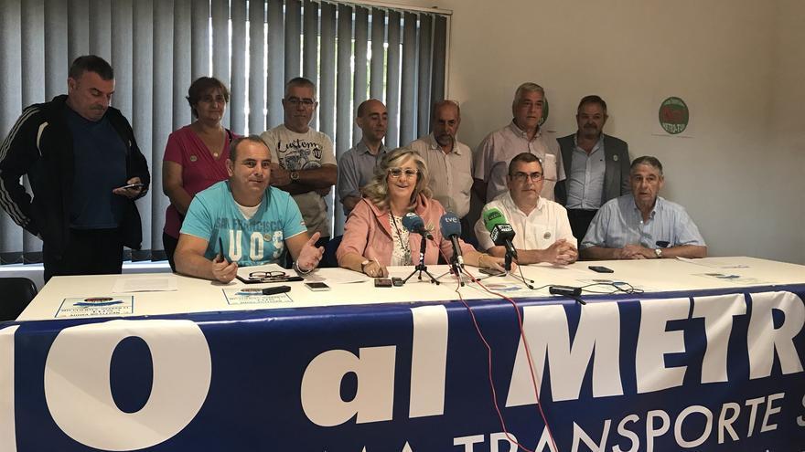 La Plataforma de Transporte de Santander durante la rueda de prensa.