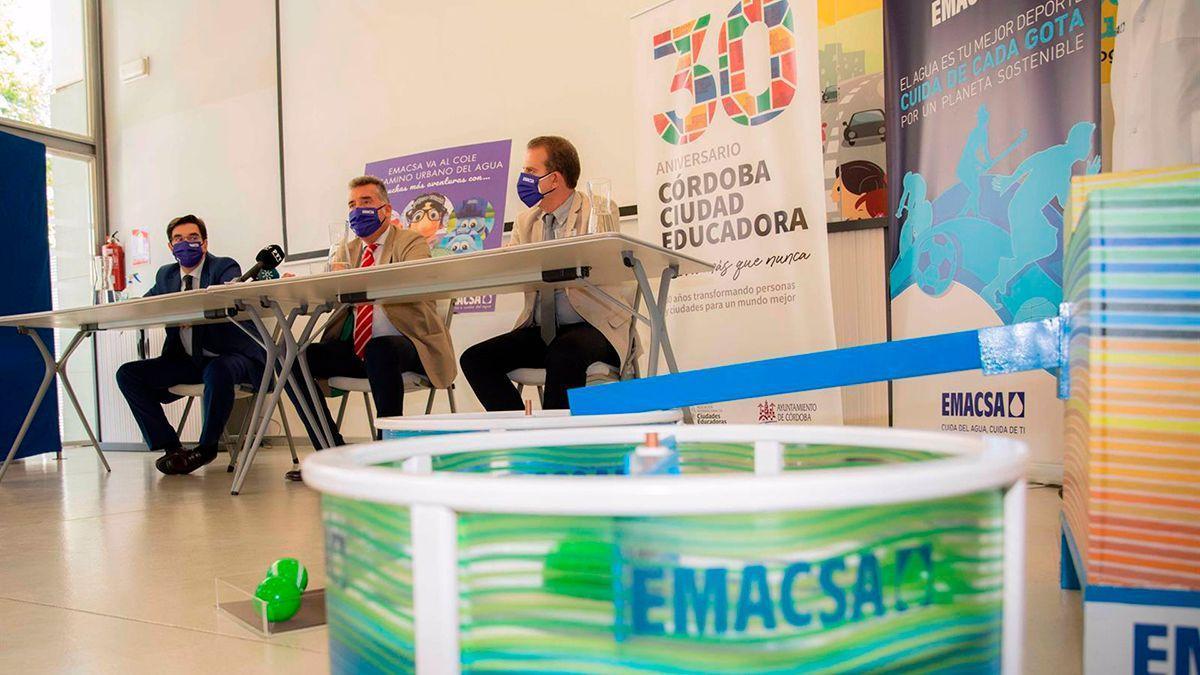 Presentación de las actividades educativas de Emacsa