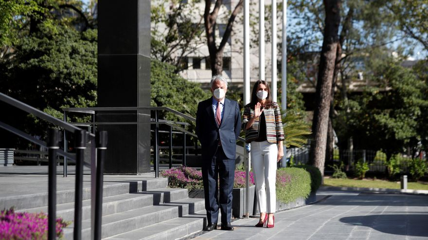 La reina Letizia conoce la labor de la Fundación Mutua Madrileña