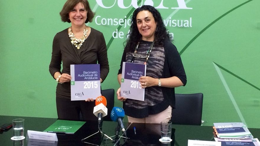 """Crecimiento """"notable"""" de internautas en Andalucía, con un 40% que se informa de la actualidad por las redes sociales"""