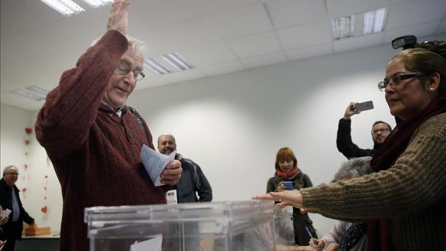 El alcalde de Valencia lamenta problemas para votar de jóvenes en el extranjero