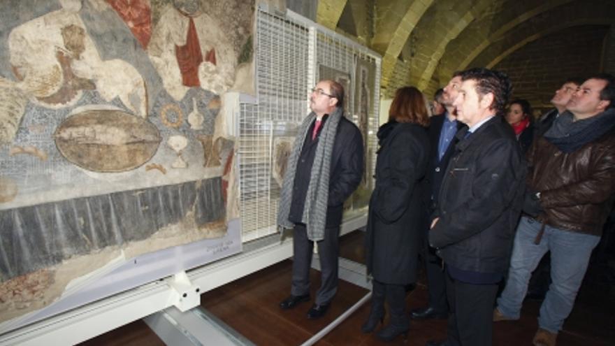 Visita del presidente de Aragón, Javier Lambán, a las 51 piezas ya devueltas.
