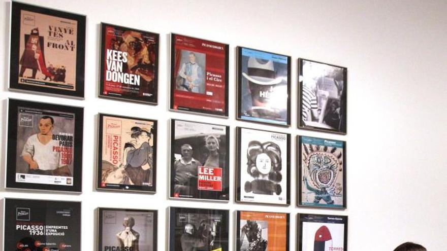 El Museo Picasso evoca las 79 exposiciones temporales de sus 50 años de vida