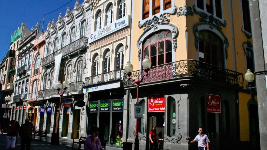 Manzana Modernista en la Calle Triana, máximo exponente de este estilo artístico en Gran Canaria. VA