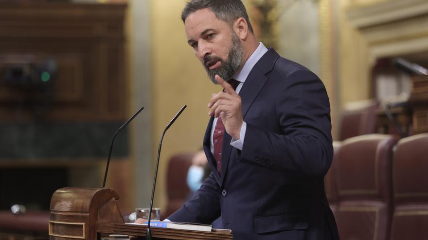 El líder de Vox, Santiago Abascal, interviene en una sesión de control al Gobierno en el Congreso de los Diputados