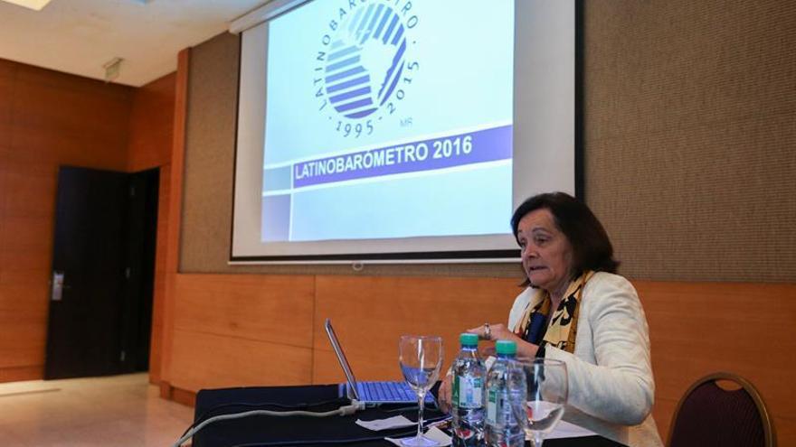 La satisfacción con la democracia, en declive en América Latina