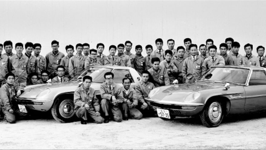 'Los 47 guerreros', ellos solos solucionaron un problema imposible y llegaron a ganar Le Mans con un motor rotativo.