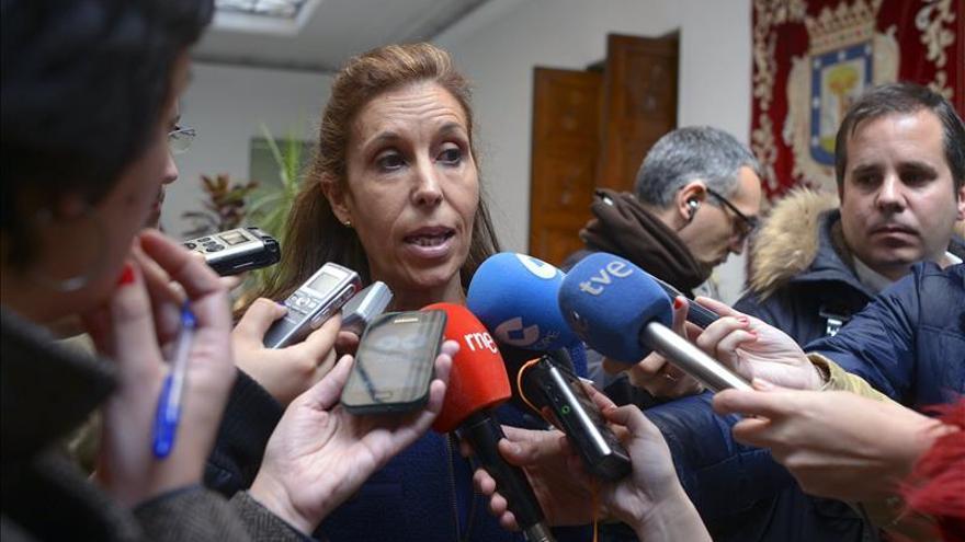 Un miembro de la campaña de Aguirre dimite por discrepancias con la dirección nacional