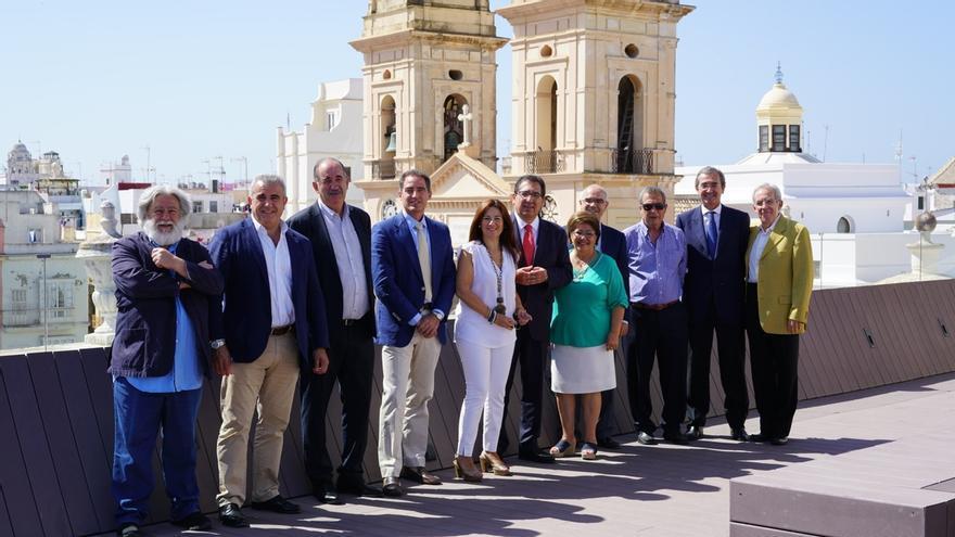 El patronato de la Fundación Cajasol se reúne por primera vez en Cádiz para hacer balance del primer semestre