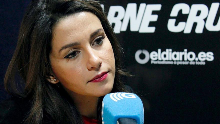 Inés Arrimadas en Carne Cruda - 2