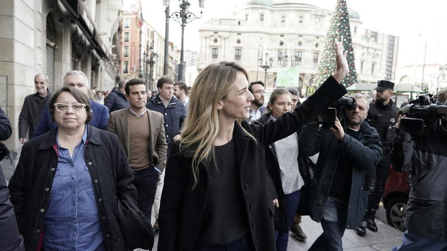 La plataforma 'Libres e Iguales' celebra la Constitución en Bilbao arropada por unas 200 personas fuertemente escoltadas