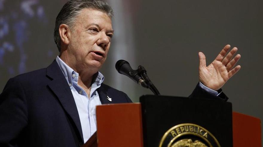 Santos dice que la Constituyente de Maduro obstaculiza una solución de la crisis venezolana