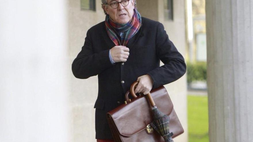 El abogado no quiere explicar por qué planteó a Porto que ejerza su defensa