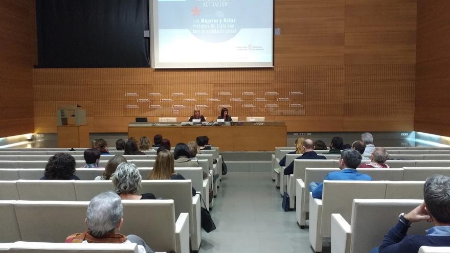 Navarra intensifica la coordinación entre instituciones y entidades para la atención a las mujeres víctimas de trata