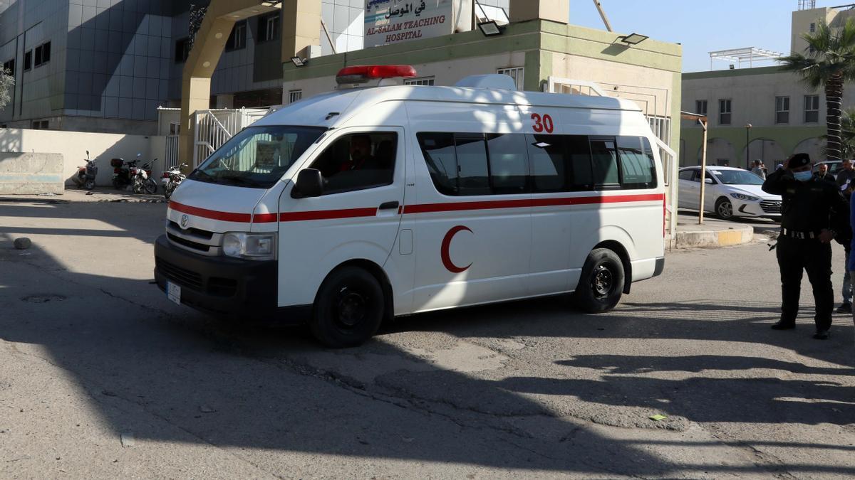 Imagen de archivo de una ambulancia en la ciudad de Bagdad.