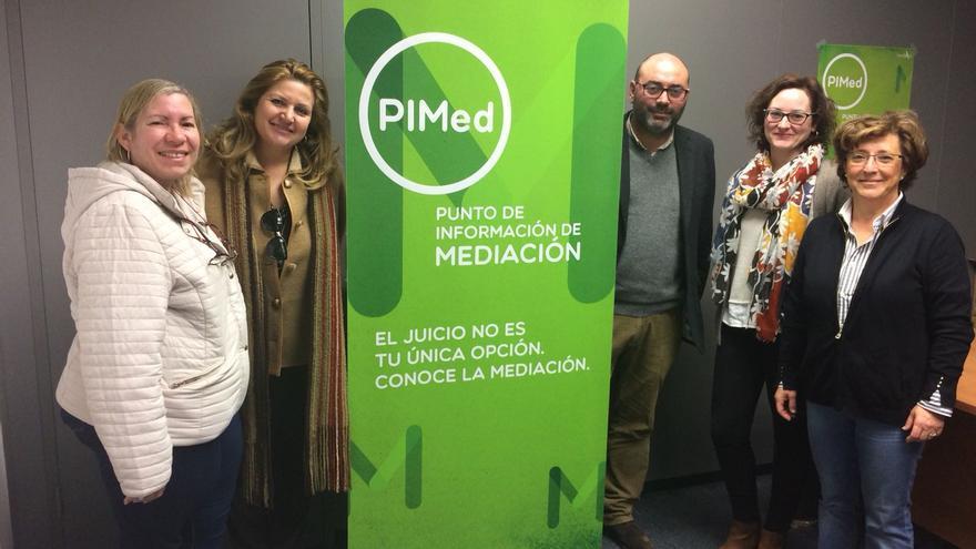 Puntos de Información de Mediación (PIMed), espacios habilitados en sedes judiciales en los que se presta asesoramiento a los ciudadanos sobre las ventajas de la vía extrajudicial.