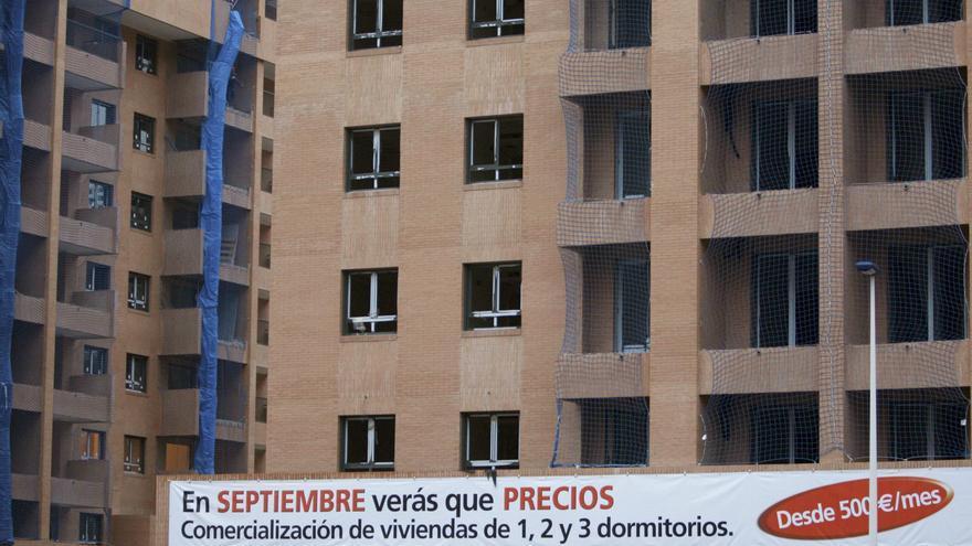 País Vasco y Extremadura lideran la construcción de vivienda social en España, que sigue a la cola de Europa