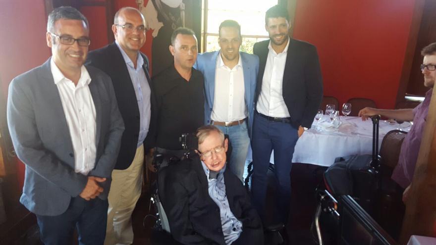 Stephen Hawking, este sábado, en el almuerzo en Casa Osmunda.