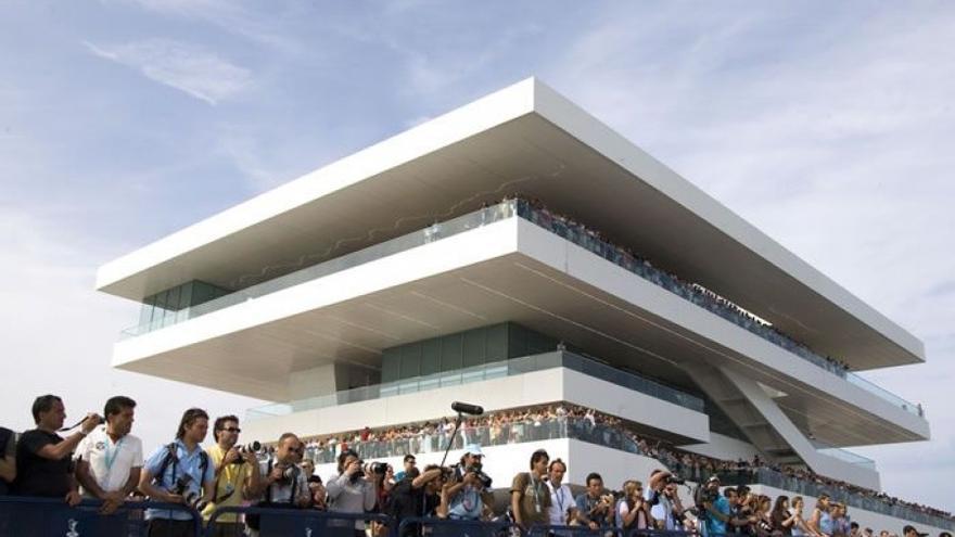 El edificio Veles e Vents, construido para la celebración de la Copa del América de vela.