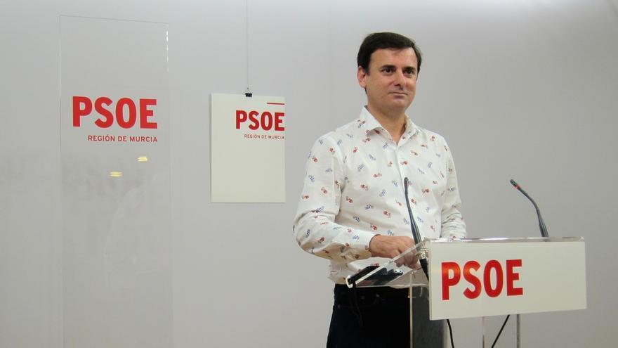 """PSOE advierte que Murcia """"no puede soportar ni un minuto más tener a un presidente cercado por los casos de corrupción"""""""
