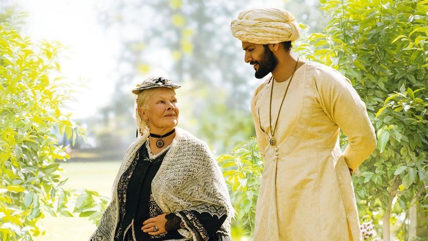 'Victoria y Abdul', la película que retrata la estrecha relación de la reina con un criado 40 años más joven