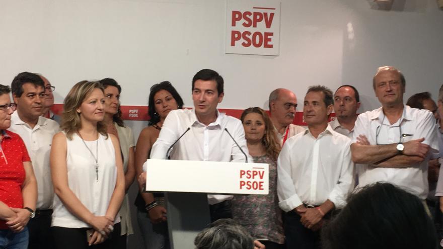 Rafa García, la noche del domingo, tras la derrota en las primarias frente a Ximo Puig.