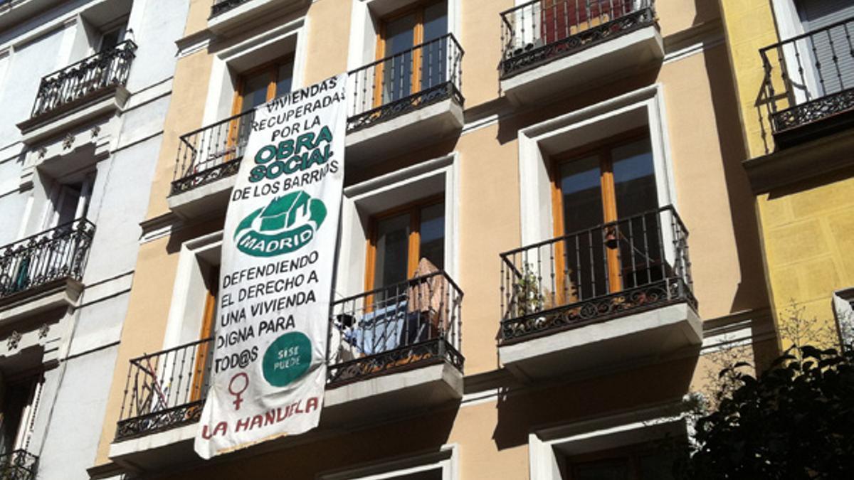 Edificio 'La Manuela', que fue ocupado y cuyos inquilinos lograron pactar un alquiler social con la propiedad en 2014. | Foto: P. Horrillo