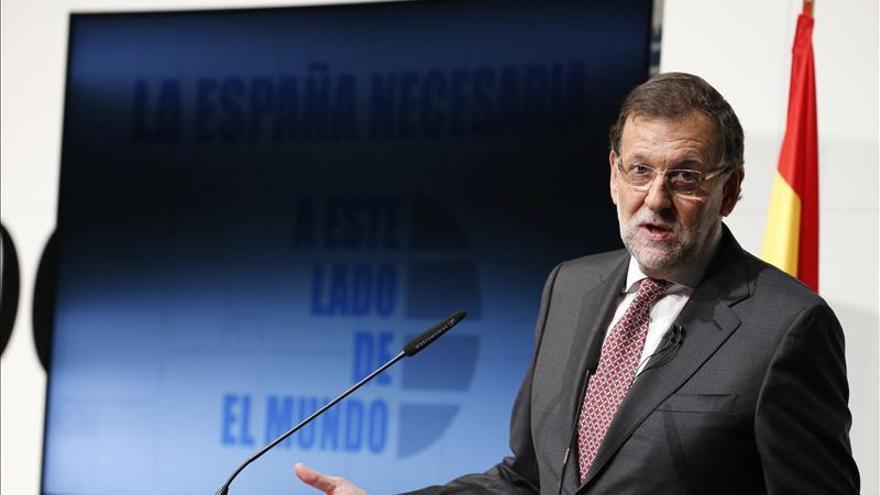 """Rajoy asume que corrupción le ha hecho mucho daño y debió ser """"más diligente"""""""