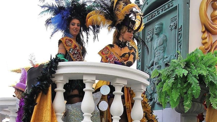 El Pleno aprueba que el Ayuntamiento deje de organizar el concurso de ninfas del Carnaval