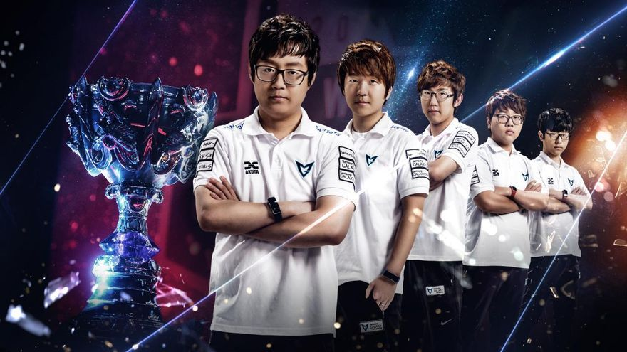e-Sports  El equipo surcoreano Samsung Galaxy White tras ganar el Campeonato Mundial 2014 de League of Legends.