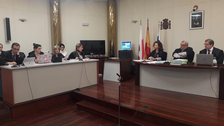 AMPL La fiscal de 'La Loma' mantiene los cargos contra sus seis acusados y Santullán suaviza las penas