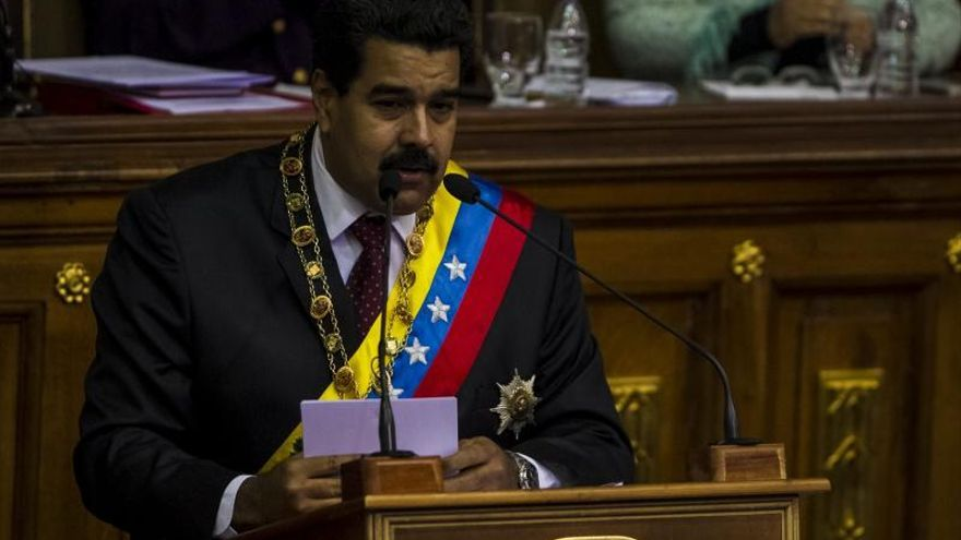 Maduro modifica su equipo económico y el sistema de control de cambios