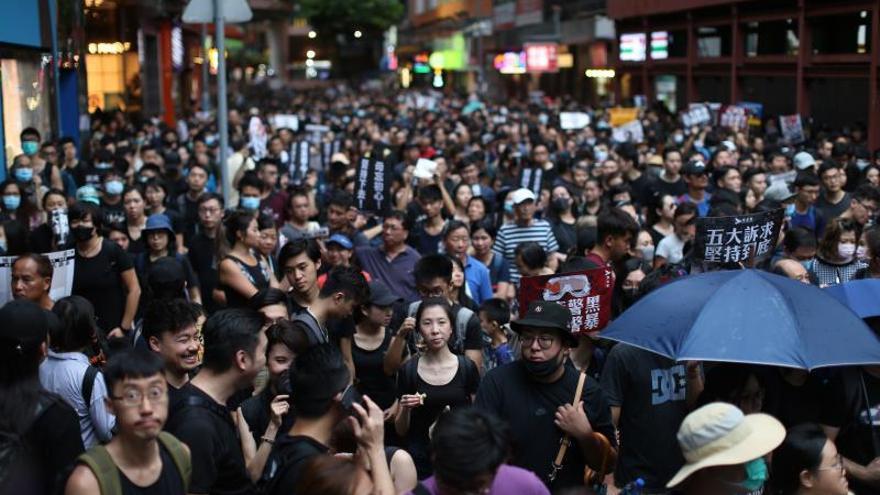 Twitter dice que China organizó una campaña para deslegitimar las protestas en Hong Kong