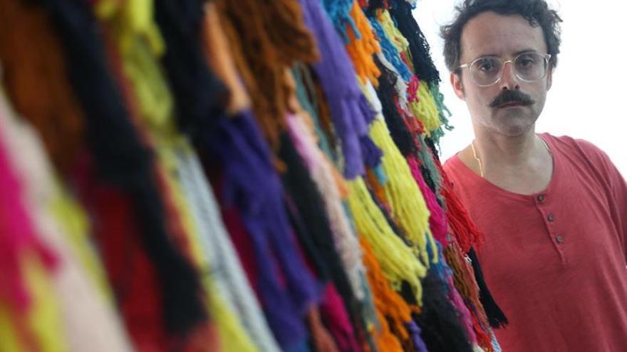Artista español reivindica el arte prehispánico de Perú en una muestra contemporánea