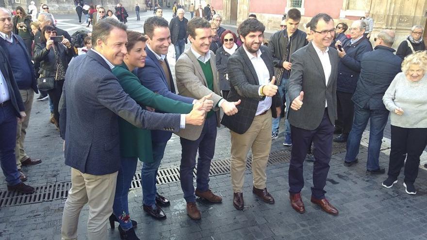 Pablo Casado junto a candidatos a las autonómicas y municipales de la Región de Murcia