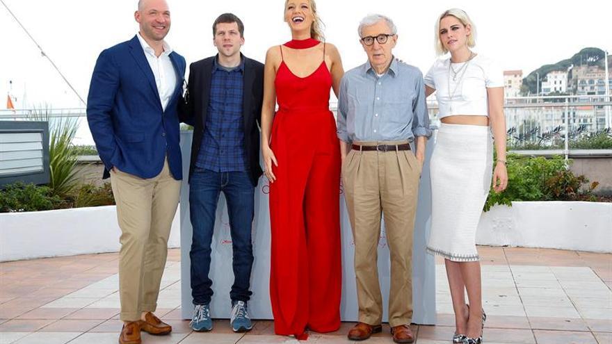 Woody Allen se pone romántico en la inauguración de Cannes
