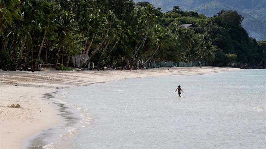 El revivir del paraíso de Boracay tras seis meses cerrado al turismo
