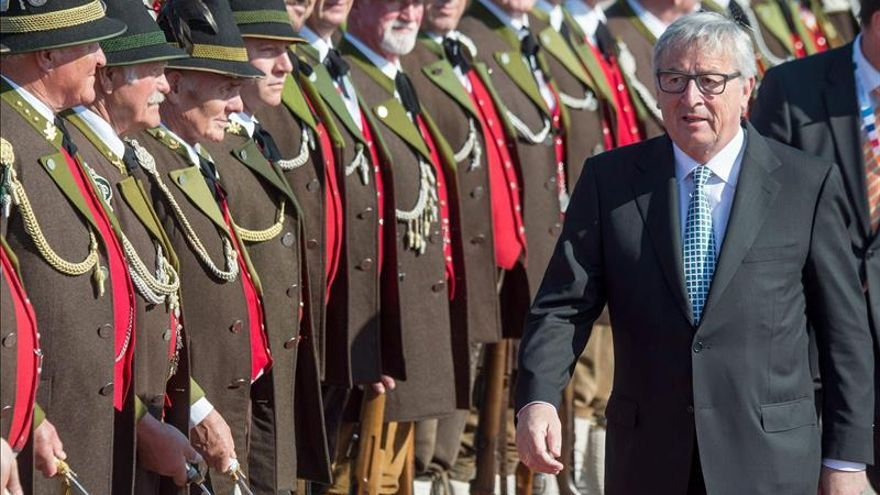 Juncker dice no haber recibido propuesta de Grecia alternativa a los acreedores