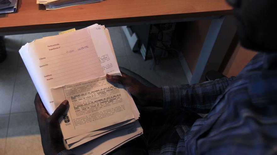 Uno de los trabajadores senegaleses que trabajaba en Cubo Express. Foto: Pablo Lorenzana