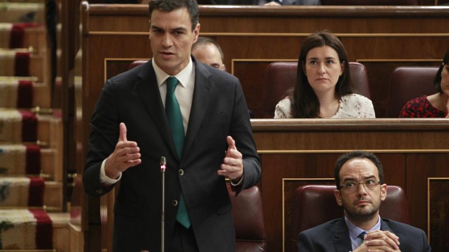 [PSOE] Proposición de Ley de Derogación de la Ley 46/1977, de 15 de octubre, de Amnistía. Pedro-Sanchez-Congreso-Diputados-PSOE_EDIIMA20141009_0069_4