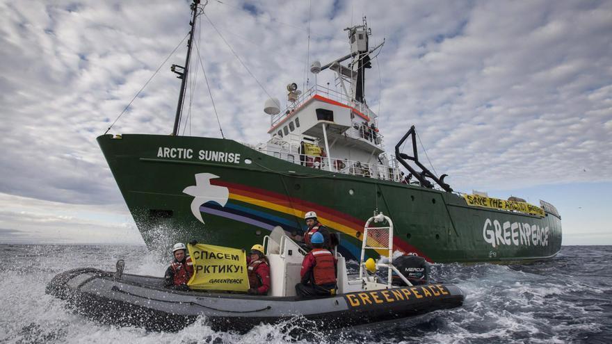 Arctic Sunrise, barco de Greenpeace, durante su campaña en tierras árticas