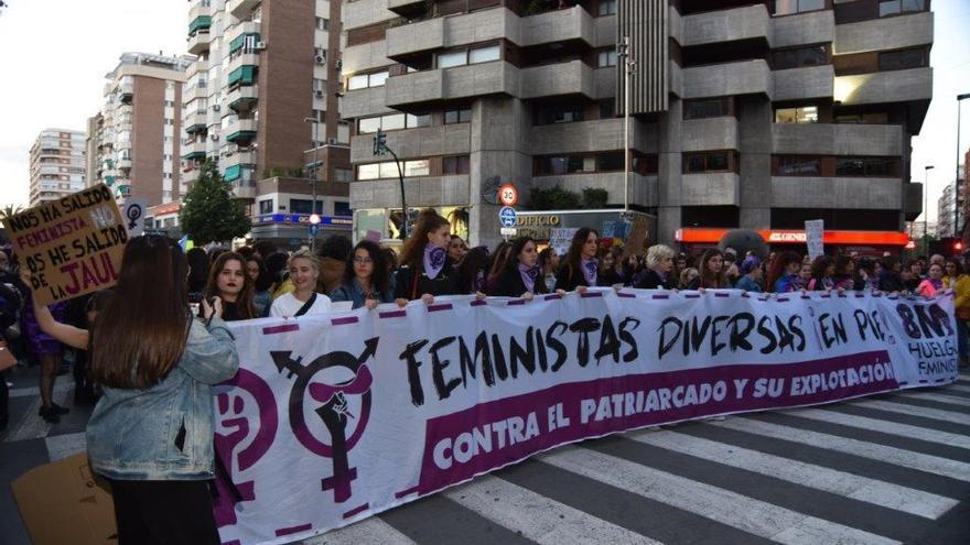 La manifestación empezó a las 19:00h en la plaza de la Fuensanta